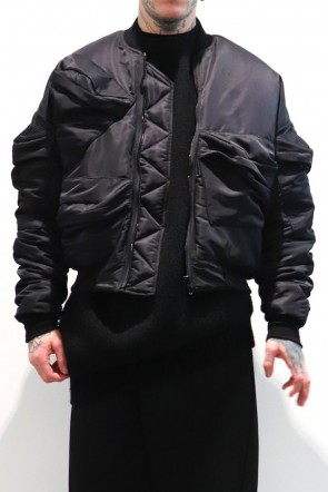 JULIUS 19-20AW MULTI -POCKET BOMBER JACKET