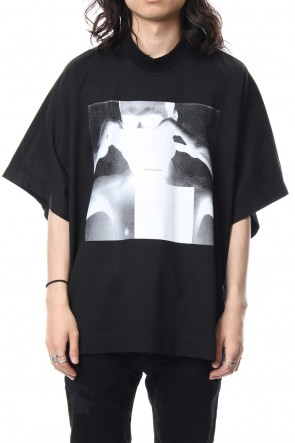 JULIUS 19SS PRINT KITE T-SHIRT Black