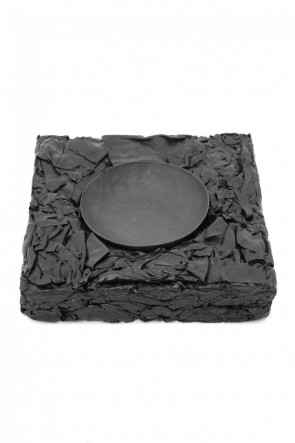 T.A.S  SCRAP LEATHER ASH TRAY