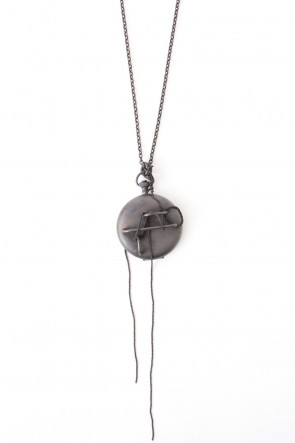 iolom Classic Locket Necklace io-03-061