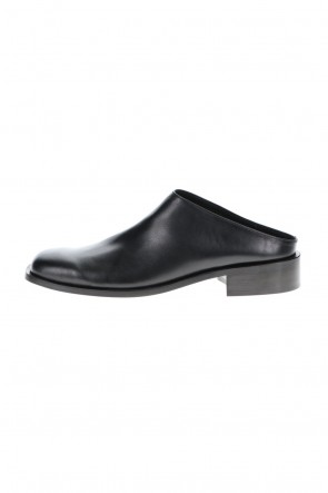 KAZUYUKI KUMAGAI 21SS Cow leather Slip-on Black
