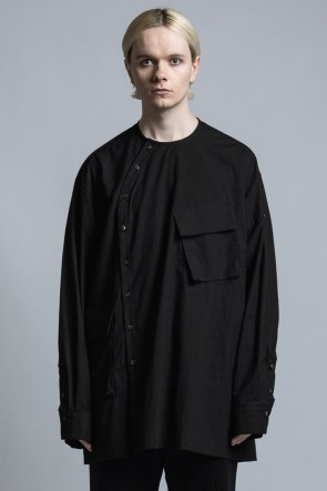 The Viridi-anne 21SS Typewriter Cross Shirt With Diagonal Opening