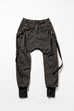 The Viridi-anne 18-19AW RVW collaboration military pants