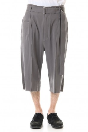 The Viridi-anne 20SS Hard twist Double weave Three-quarter length pants Gray
