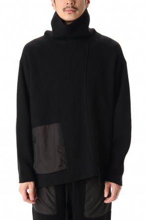 The Viridi-anne 20-21AW Pocket Turtle neck knit Black