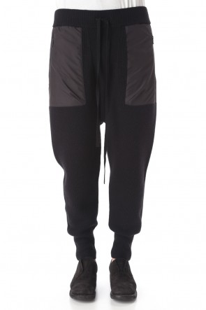 The Viridi-anne 20-21AW Knit pants Black
