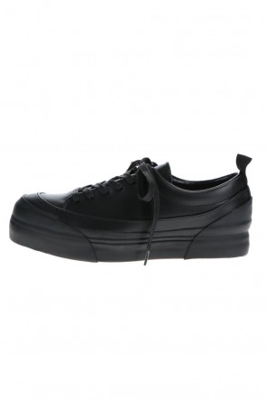 The Viridi-anne 21SS Low Cut Sneakers Black / Black