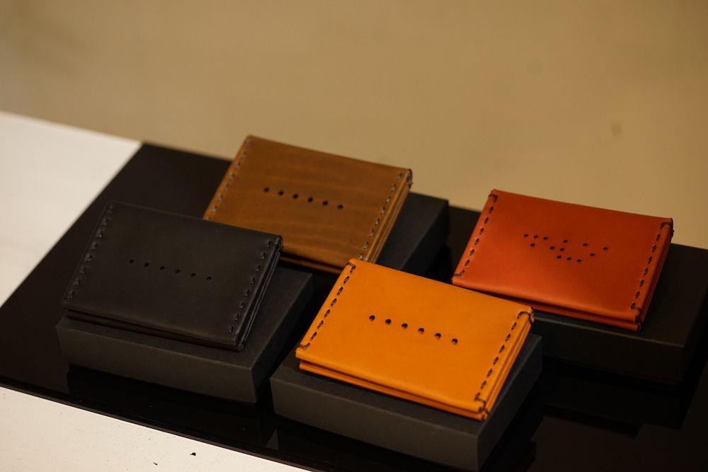 DEVOA18-19AW GUIDI Leather Card case 01