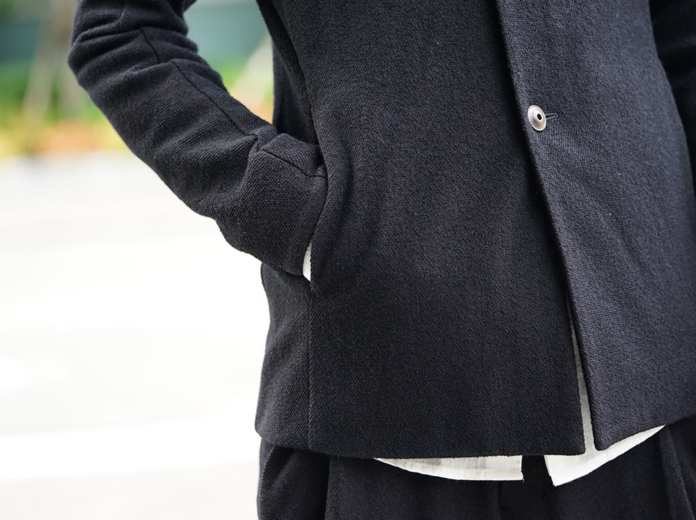 Devoa Co-We-Nit fabric style FW18-19-008