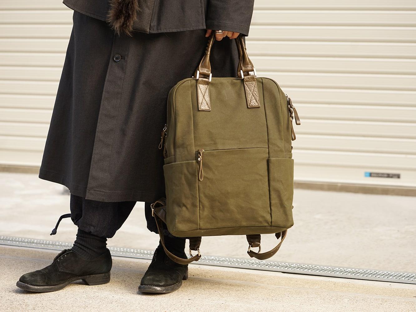 Yohji Yamamoto High-necked leather jacket Style 07