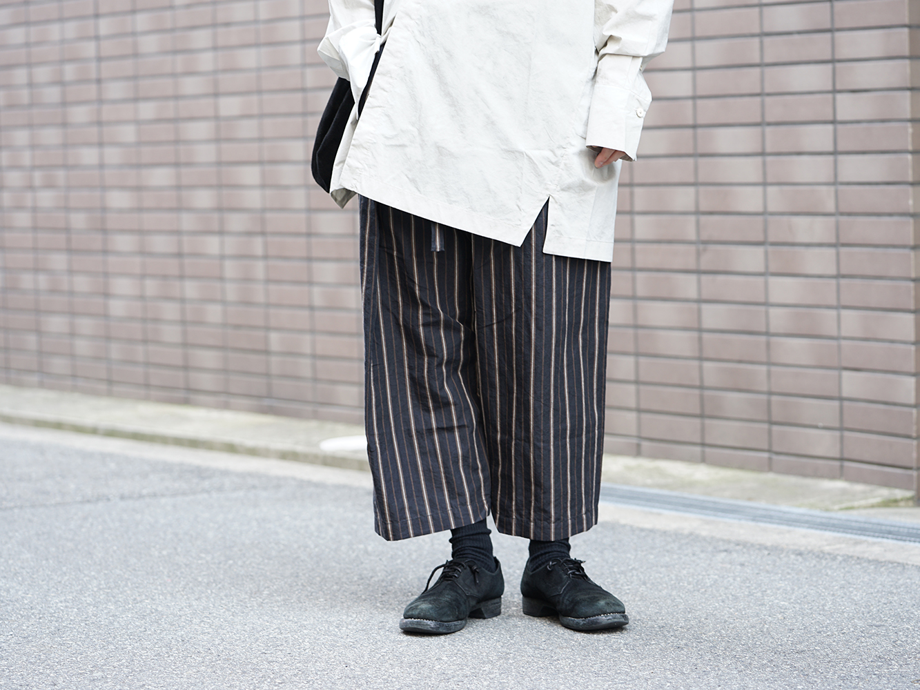 ZIGGY CHEN 19SS Striped Relax cropped pants Style-007