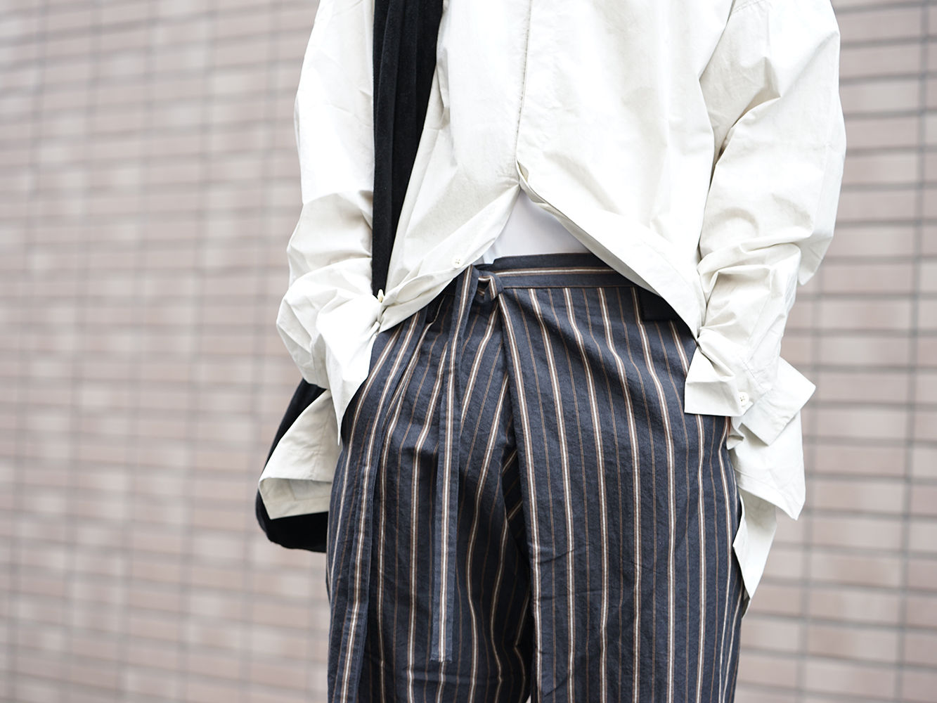 ZIGGY CHEN 19SS Striped Relax cropped pants Style-009