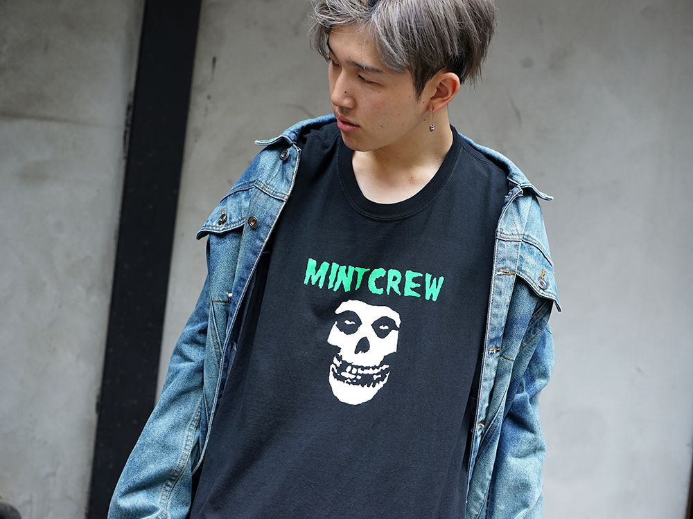 MINT CREW × Misfits Collaboration tee Styling - 2-006