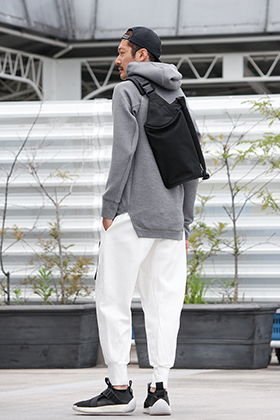 .LOGY kyoto [ BERUF BAGGAGE ] STROLL BODY PACK STYLING!