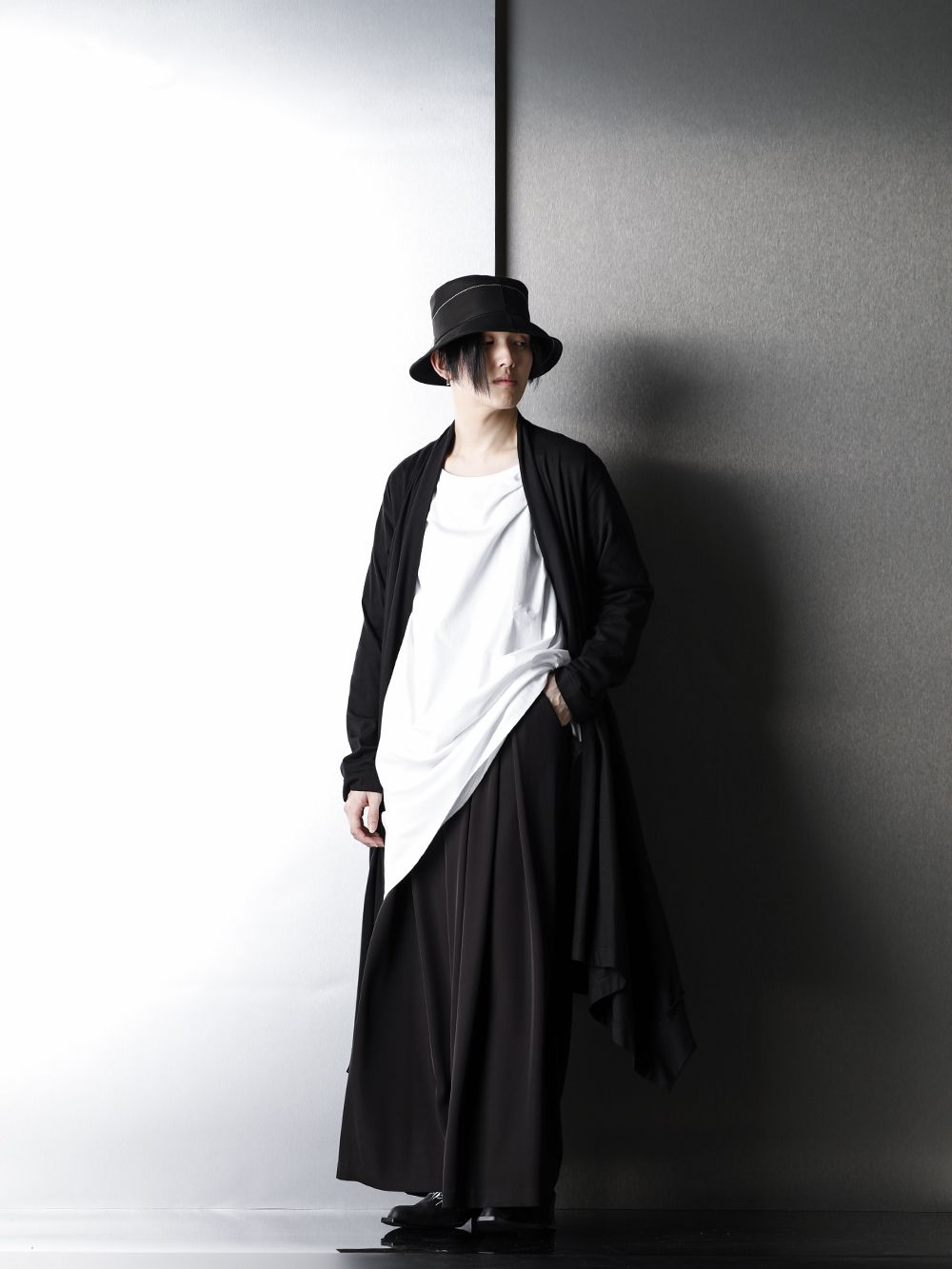 Ground Y x GalaabenD Relax Black color Styling - 1-001