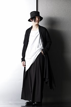 Ground Y x GalaabenD Relax Black color Styling