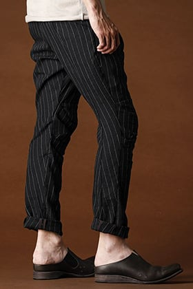 ANNASTESIA's Styling / DEVOA Cropped pants Linen viscose stripe Black
