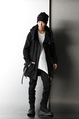 JULIUS & D.HYGEN Monotone Mix styling