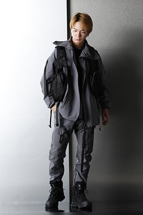 NILøS 20AW Cold Gray Sporty Set Up style