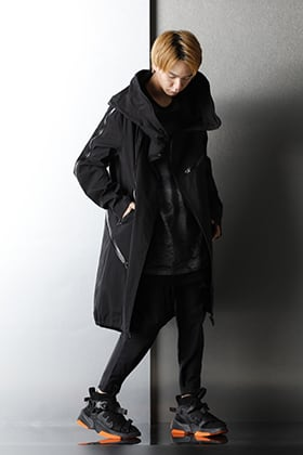 2020-21AW Brand MIX Glossy Black styling.