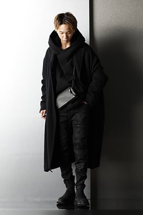 JULIUS 2020AW Black layered Styling