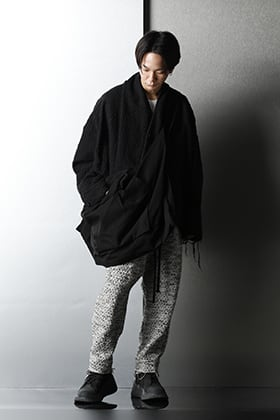 JULIUS - ユリウス 2021SS Black & Pale color Styling