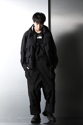 JULIUS & The Viridi-anne 21SS loose silhouette styling