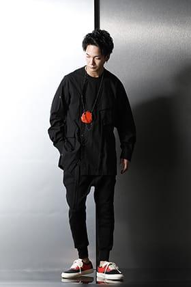 The Viridi-anne(ザヴィリディアン) ブラックに映えるカラー(小物)を差し込んだ春夏スタイル