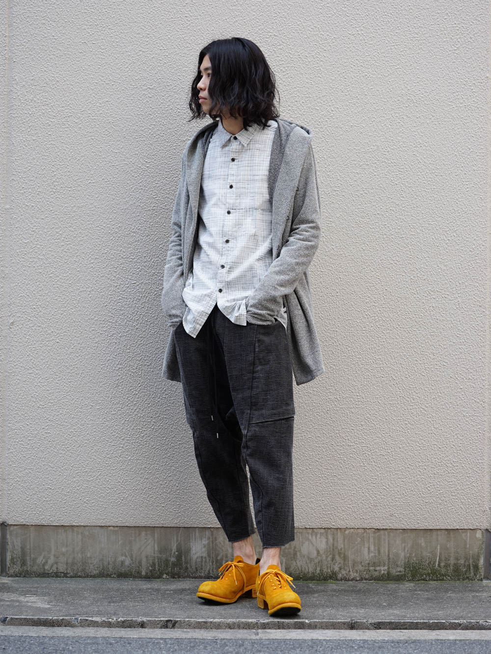 Gray×Yellow Color Style 01