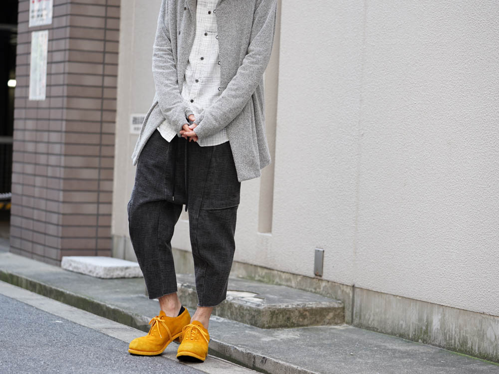 Gray×Yellow Color Style 06